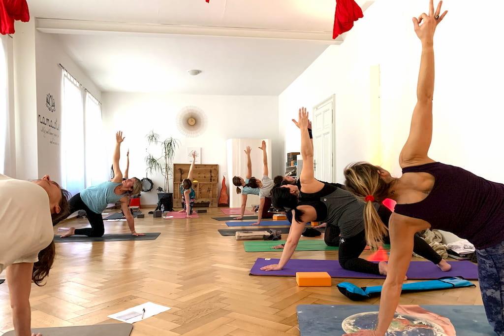 formazione intensiva insegnanti yoga