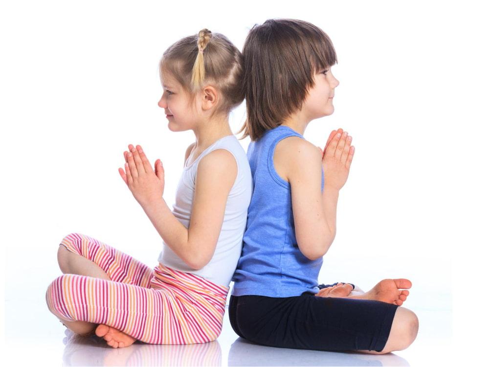 gioca yoga bambini